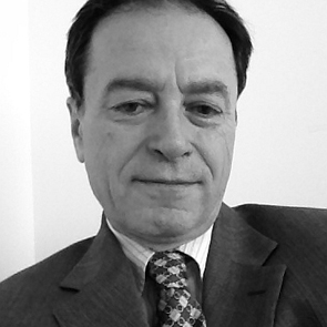 Andras  Simonyi