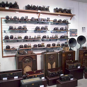 Jasper's Antique Radio Museum in St. Louis, Pt.1