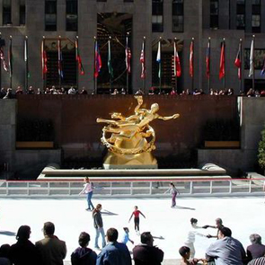 Proposal at the Rockefeller Center skating rink
